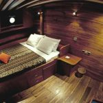 Aurora cruise boat-dive cruise indonesia-king size cabin