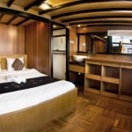 Cheng-Ho-boat-cruise-dive-cruise-indonesia-double-bed-cabin