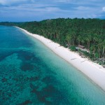 Destination-Ambon-dive-cruise-indonesia-Ambon-amazing-beach