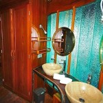 Waow liveaboard ship diving cruise indonesia shower